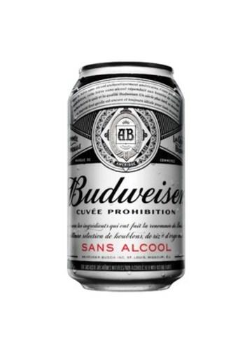 Voici la Budweiser Cuvée Prohibition, une nouvelle bière savoureuse qui offre aux amateurs de bière le goût rafraichissant authentique de Budweiser, sans l'alcool. Elle est brassée en guise de boisson pour adultes que l'on peut consommer en tout temps, en tout lieu, avec toutes les caractéristiques de la bière la plus populaire au pays. (Groupe CNW/BUDWEISER)
