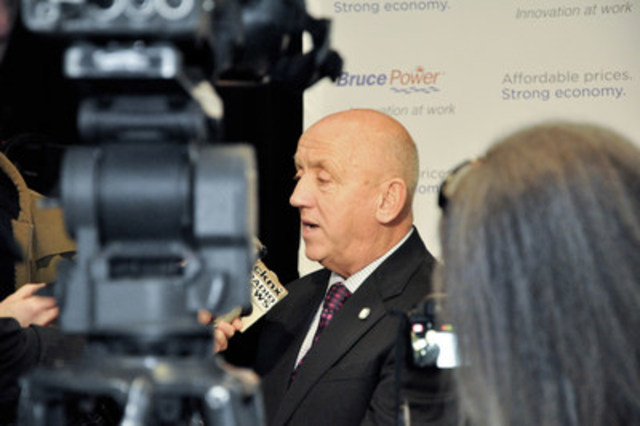 Bruce Power President and CEO Duncan Hawthorne speaks to media at the Bruce Power site on Thursday. (Photo credit: Bruce Power) (CNW Group/Bruce Power)