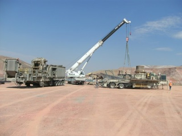 Disassembling the crusher (CNW Group/Rye Patch Gold)