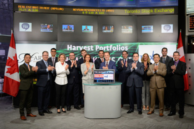 Michael Kovacs, President & CEO, Harvest Portfolios Group joined Amelia Nedovich, Head, Business Development, Exchange Traded Funds and Structured Products, TMX Group to open the market to launch US Buyback Leaders Fund (HUL.UN) . Harvest Portfolios is a Canadian Investment Management company focused on long-term income generating investment products. Harvest Portfolios Group currently has eight products listed on Toronto Stock Exchange with a combined market capitalization of $359 million. Harvest Portfolios US Buyback Leaders Fund (HUL.UN) commenced trading on Toronto Stock Exchange on March 25, 2015. For more information please visit www.harvestportfolios.com (CNW Group/TMX Group Limited)