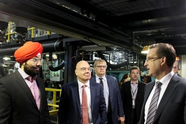 Minister of Innovation visits Xerox Research Centre of Canada (CNW Group/Xerox Canada)
