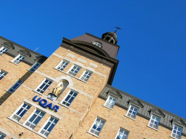 La firme indépendante RE$EARCH Infosource a désigné l'UQAR comme université de l'année en recherche au Canada dans la catégorie des universités généralistes qui offrent majoritairement des programmes de premier cycle. (Groupe CNW/Université du Québec à Rimouski)