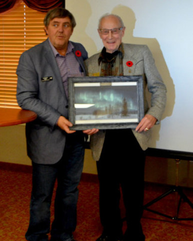 Isak Skjaveland receives Citizen of the Year (CNW Group/Jandel Homes)