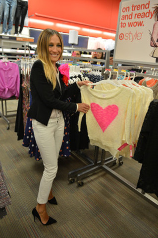 "Sarah Jessica Parker ""found her heart"" at the Target Canada opening celebration on March 27th in Toronto. (CNW Group/Target Canada)"