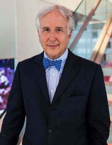 Matthew Winkler, co-founder and editor-in-chief emeritus of Bloomberg News, is the featured speaker for The Canadian Journalism Foundation's J-Talk in Toronto on October 25. (CNW Group/Canadian Journalism Foundation)