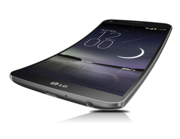 LG throws a curve at the Canadian smartphone market bringing the LG G Flex - the world's first curved smartphone - exclusively to Rogers customers. (CNW Group/LG Electronics Canada, Inc.)
