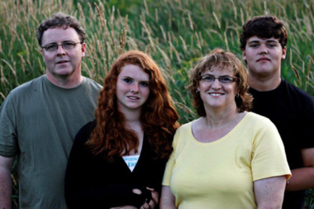 The Mawby Family: Russell, Megan, Jill and Colin (photo credit David Trattles) (CNW Group/Shell Canada Limited)