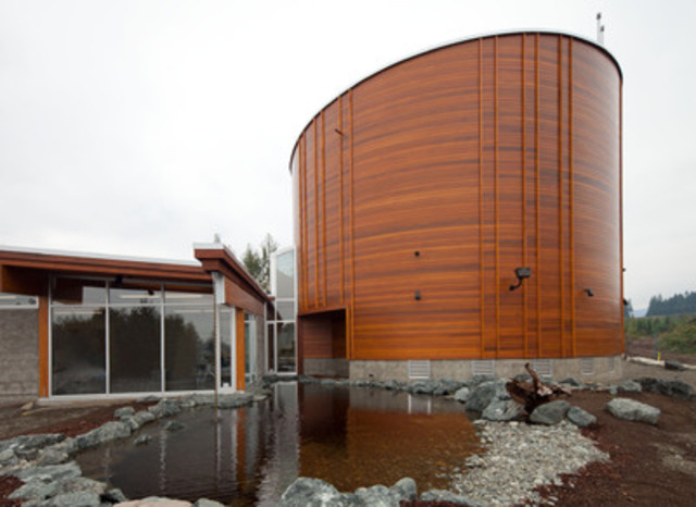 AVICC -- Association of Vancouver Island and Coastal Communities: Comox Valley Economic Development Society - Vancouver Island Visitor Centre (Credit: Moore Architecture Inc. and Stantec Consulting Victoria) (CNW Group/Canadian Wood Council for Wood WORKS! BC)