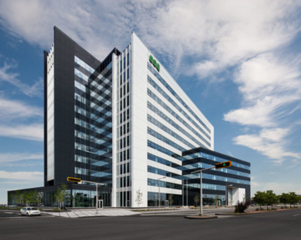 SSQ Tower at 1225 rue Saint-Charles Ouest in Longueuil (CNW Group/SSQ FINANCIAL GROUP)
