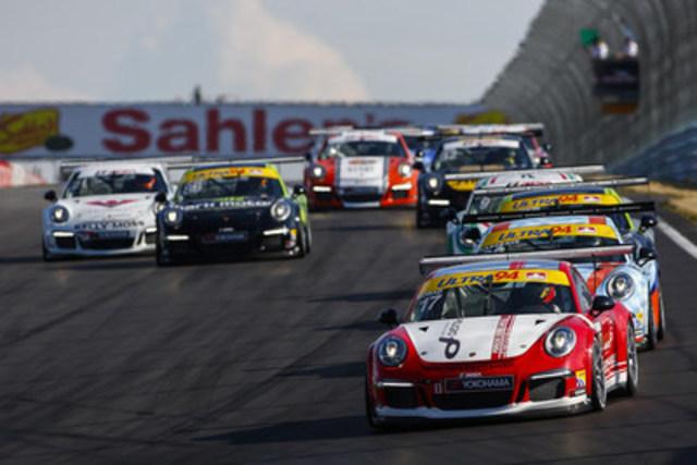 Un groupe combiné de 37 voitures des séries Porsche GT3 Cup Challenge Canada présenté par Yokohama et Porsche GT3 Cup Challenge USA présenté par Yokohama lors du weekend de course à la piste Watkins Glen les 1er et 2 juillet 2016. (Groupe CNW/Automobiles Porsche Canada)
