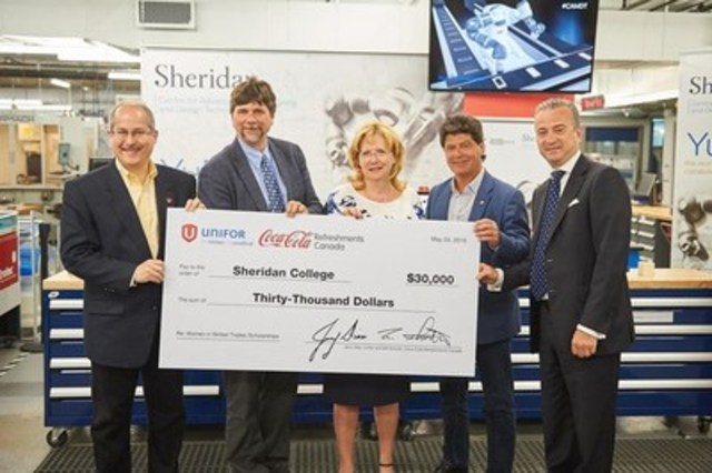 L to R: Bill Schultz, President, Coca-Cola Refreshments Canada; Jeff Bowman, City Councillor; Mayor Linda Jeffrey; Jerry Dias, National President, Unifor; and Dr. Jeff Zabudsky, President and Vice Chancellor (CNW Group/Sheridan College)
