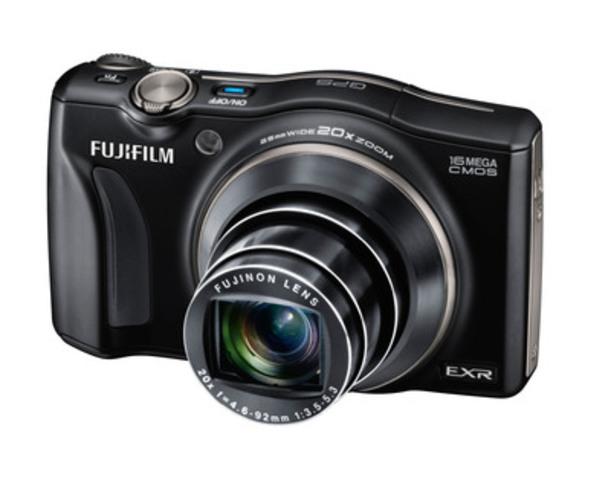 Fujifilm FinePix F770EXR (CNW Group/FUJIFILM Canada Inc.)