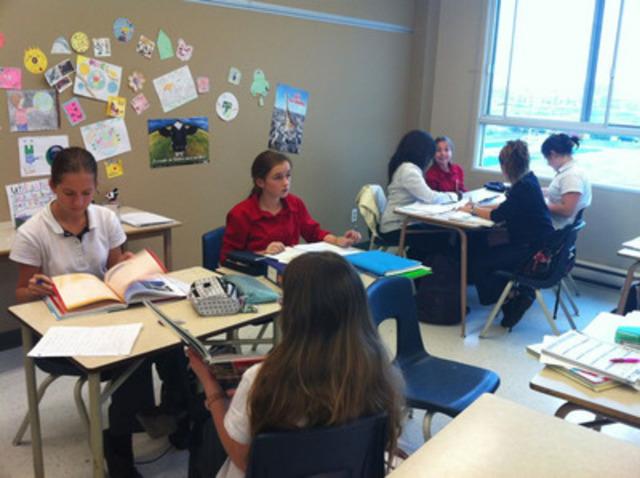 Un groupe d'enfants faisant partie du projet Profil Action Monde (Groupe CNW/Collège Letendre)