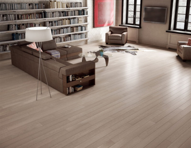 Quartersawn White Oak 5'', Color: Broadway, Texture : Brushed (CNW Group/Preverco)