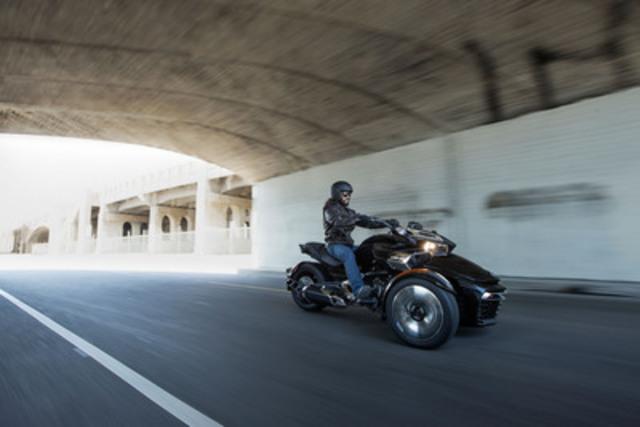 Le Can-Am Spyder F3 de BRP - La conduite réinventée - encore (Groupe CNW/BRP)