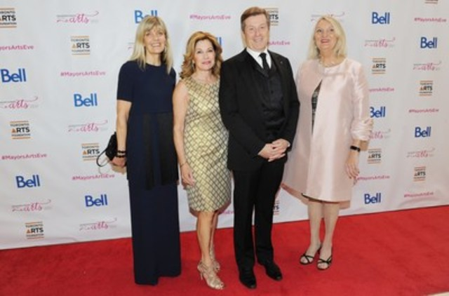Business raises about $1.4 million for Toronto artists at Mayor's Evening for the Arts on October 26, 2015  (L to R) Mayor John Tory and his wife Barbara Hackett; Susan Crocker, Toronto Arts Foundation Chair; and Claire Hopkinson, Director & CEO of Toronto Arts Council & Foundation (photo credit Townend / Sandler ) (CNW Group/Toronto Arts Foundation)