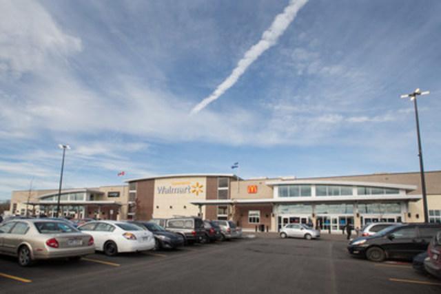 Walmart annonce l'ouverture de 15 Supercentres à travers le Canada en janvier 2016 (Groupe CNW/Walmart Canada)