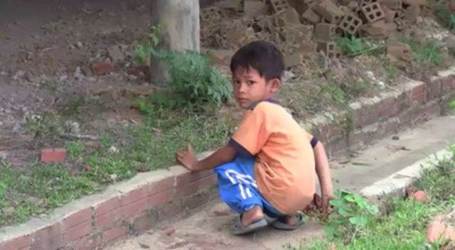Video: B-roll of child labour filmed in May 2012. Shots include children working in a brick factory in Cambodia, fishing docks and a shrimp-processing plant in Thailand, and street vendors in both countries. High definition, broadcast quality footage on DVD is available upon request. Length: 4 mins 30 sec.