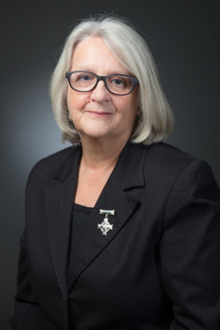 Mrs. Sheila Anderson, the Legion National Memorial (Silver) Cross Mother 2015-16 (CNW Group/The Royal Canadian Legion Dominion Command)
