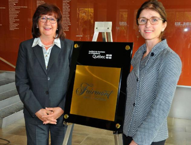 De gauche à droite : Lucille Daoust, directrice générale de l'ITHQ et Mme Suzanne Streule, Director of Talent and Learning de Fairmont Hotels & Resorts. (Groupe CNW/Institut de tourisme et d'hôtellerie du Québec)