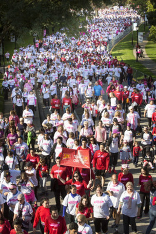 Tens of thousands of Canadians came out today to support the Canadian Breast Cancer Foundation CIBC Run for the Cure. News release to follow. (CNW Group/CIBC)
