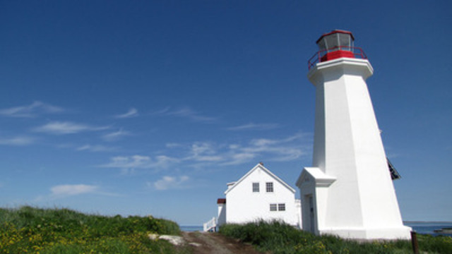Today, the Île aux Perroquets Lighthouse was designated a heritage lighthouse. This lighthouse will be transferred to the Corporation de l'Île aux Perroquets. (CNW Group/Parks Canada)