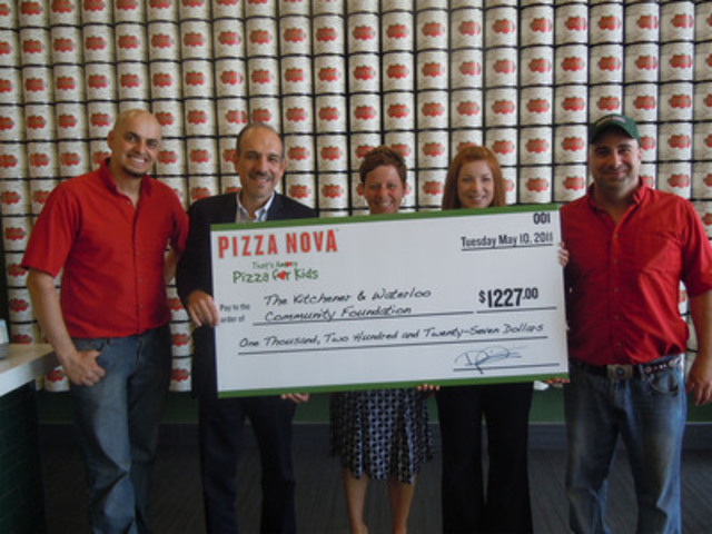 Domenic Primucci, President Pizza Nova (2nd from the left) and Kitchener/Waterloo Area Franchisees presents cheque to Rosemary Smith, CEO of the Kitchener and Waterloo community Foundation (2nd from the right) in the amount of $1227.00 from the proceeds of Pizza Nova's 12th Annual That's Amore Pizza for Kids. (CNW Group/Pizza Nova)