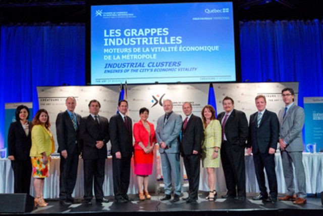 The Ministers Élaine Zakaïb and Jean-François Lisée, the mayor of Montréal and president of the Communauté métropolitaine de Montréal, Michael Applebaum, and the President and CEO of the Board of Trade of Metropolitan Montreal, Michel Leblanc, joined by the leaders of Greater Montreal's eight industrial clusters (CNW Group/CASACOM)