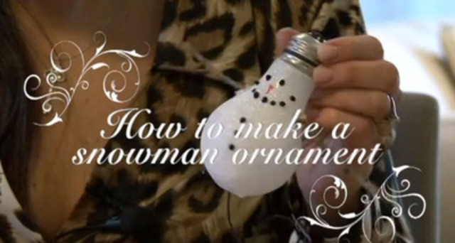 Recycle old incandescent light bulbs into snowman ornaments! Toronto Hydro shows you how.
