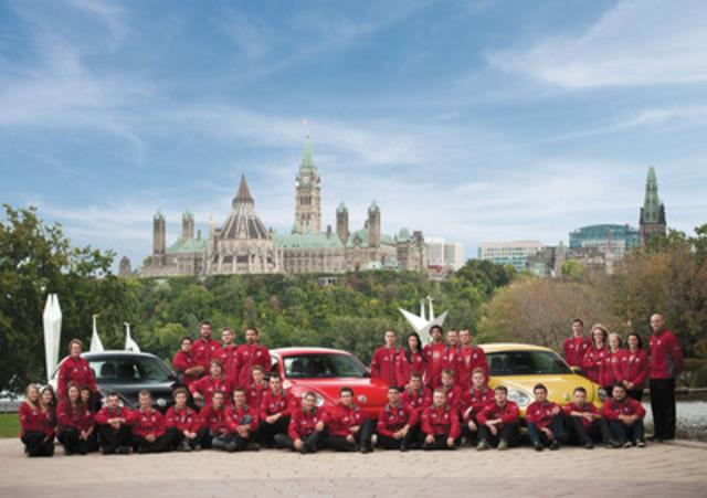 Équipe Canada WorldSkills 2013 (Groupe CNW/SKILLS/COMPETENCES CANADA)