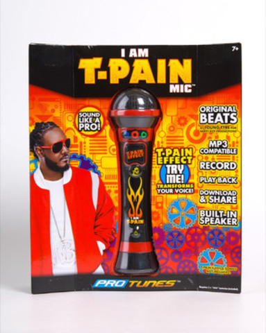 I Am T-Pain Microphone (CNW Group/Zellers Inc.)
