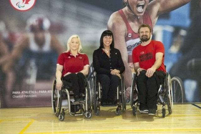 Rio 2016 wheelchair basketball hopefuls Melanie Hawtin and Bo Hedges were inspired by Chef de Mission Chantal Petitclerc in Toronto today. (CNW Group/Canadian Paralympic Committee (CPC))