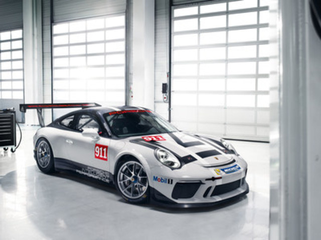 A new edition of the world's best-selling racing car, the Porsche 911 GT3 Cup, will take to the starting line on race tracks around the world in 2017. (CNW Group/Porsche Cars Canada)