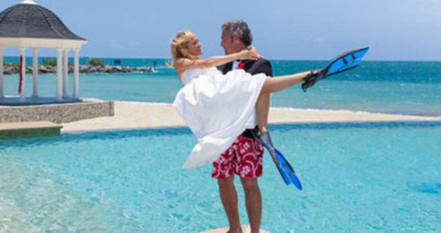 The Bahamas is ready for couples looking to take the plunge into marriage on 12.12.12. (CNW Group/The Bahamas)