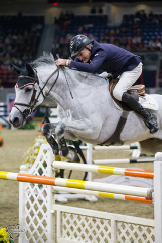 Mac Cone of King City, ON, was the top Canadian rider, placing fifth riding Gasper van den Doorn in the $130,270 Longines FEI World Cup™ Jumping Toronto at the the CSI4*-W Royal Horse Show on Wednesday, November 9, in Toronto, ON. (Photo by Ben Radvanyi Photography) (CNW Group/Royal Agricultural Winter Fair)