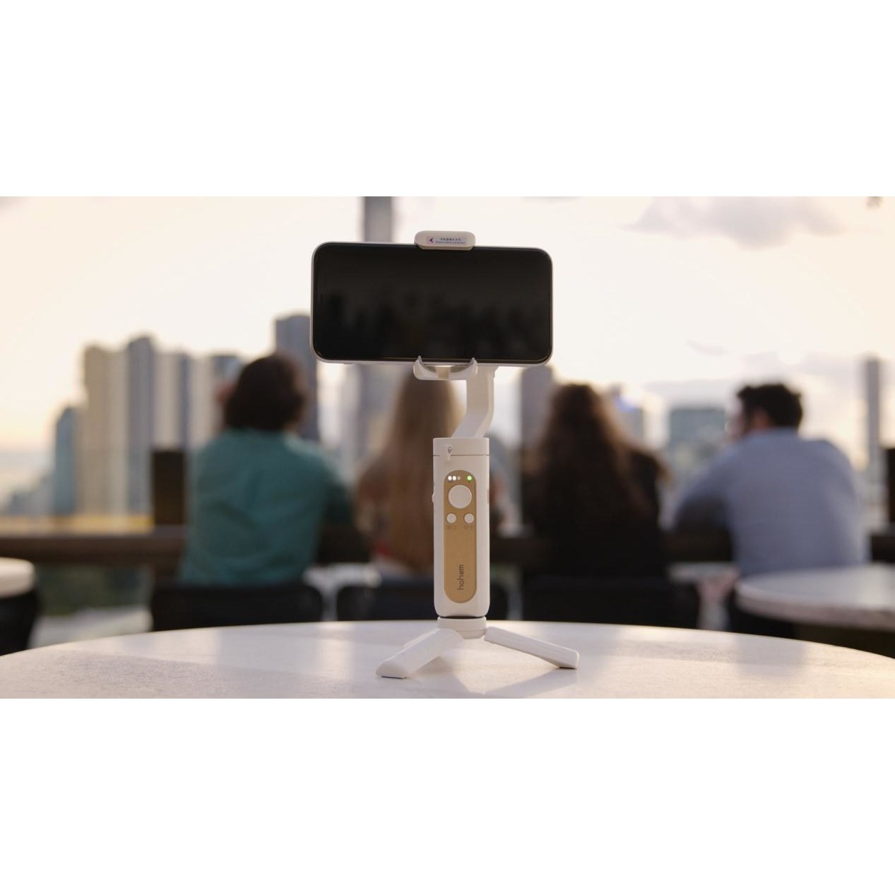 Image of article 'Hohem Tech Wins a 2020 SVIEF Disruptive Innovation Award for world's lightest 3-axis smartphone gimbal'