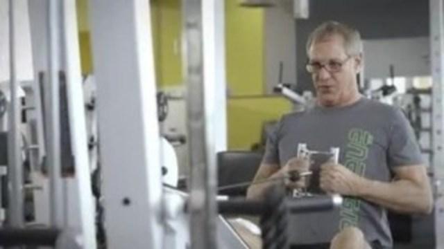 Alain Beaudry, Président-fondateur des Entreprises Énergie Cardio présente sa vision des centres d'entraînement physique. Éconofitness arrive sur le marché en offrant des gyms de qualité à très bas prix en misant sur le libre-service. Énergie Cardio, fort de ses employés motivants, mise toujours sur un service hors-pair.