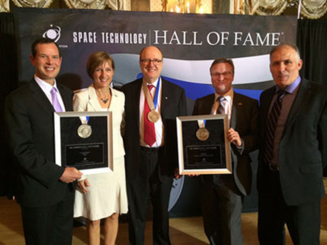 The IMRIS neuroArm/SYMBIS surgical robotics program was inducted into the Space Technology Hall of Fame. Accepting the Space Foundation honor were representatives involved in the project (L-R): Jay Miller, Amy Boyle, IMRIS; Dr. Garnette Sutherland, University of Calgary; D. Craig Thornton, MacDonald, Dettwiler and Associates Ltd.; and Meir Dahan, IMRIS. (CNW Group/IMRIS Inc.)