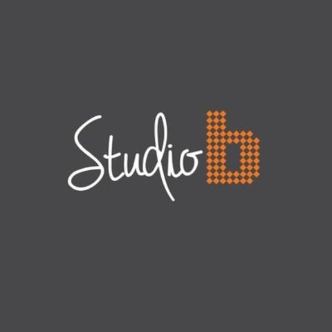 Logo : Le 6 février dernier, BICOM Communications lançait STUDIO B, un espace éphémère au service des YouTubers. C'est ainsi qu'au cours des quatre premiers mois de l'année, l'agence ouvrira ses portes à une trentaine de participants pour leur offrir un lieu d'échanges et de partage en participant à des ateliers informatifs (Groupe CNW/Communications Bicom Inc)