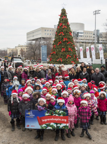 Launch of the 8th edition of Sainte-Justine's Christmas Tree with all partners, Rythme FM, Metro and MEGA Bloks, members of the direction of CHU Sainte-Justine and its Foundation and the campaign ambassador, Léa, 7 years old, who spent 3 Christmas at Sainte-Justine, and all her friends of Externat Mont-Jésus-Marie. (CNW Group/CHU Sainte-Justine Foundation)