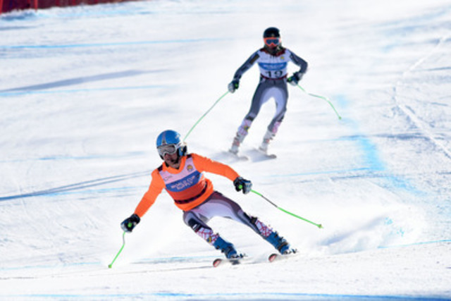 Panorama, BC (Wednesday, March 4, 2015) Mac Marcoux of Sault Ste Marie, ON, guided by his brother BJ Marcoux, shaved a whopping four seconds off their Downhill (visually impaired) training run time to claim Canada's first gold at the 2015 IPC World Championship in Panorama, B.C. Photo: Roger Witney / Alpine Canada Alpin  (CNW Group/Canadian Paralympic Committee (CPC))