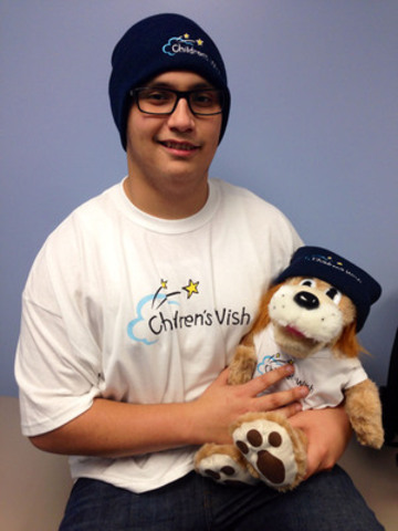 Colby Smith who is being granted his wish to attend Super Bowl XLVIII by The Children's Wish Foundation of Canada (CNW Group/The Children's Wish Foundation of Canada)